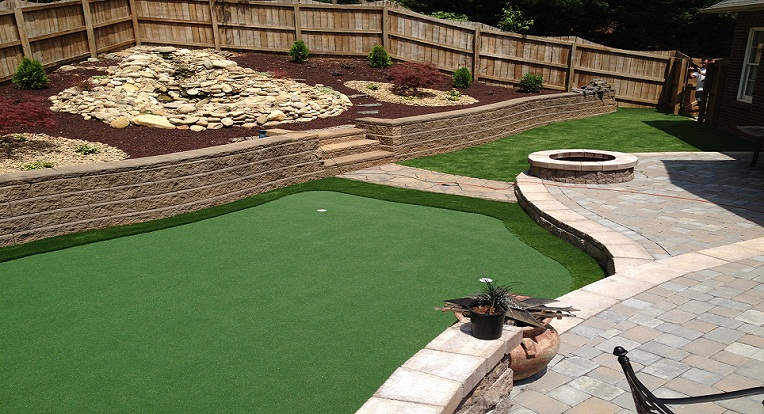 Artificial Putting Green And Synthetic Landscape Installation
